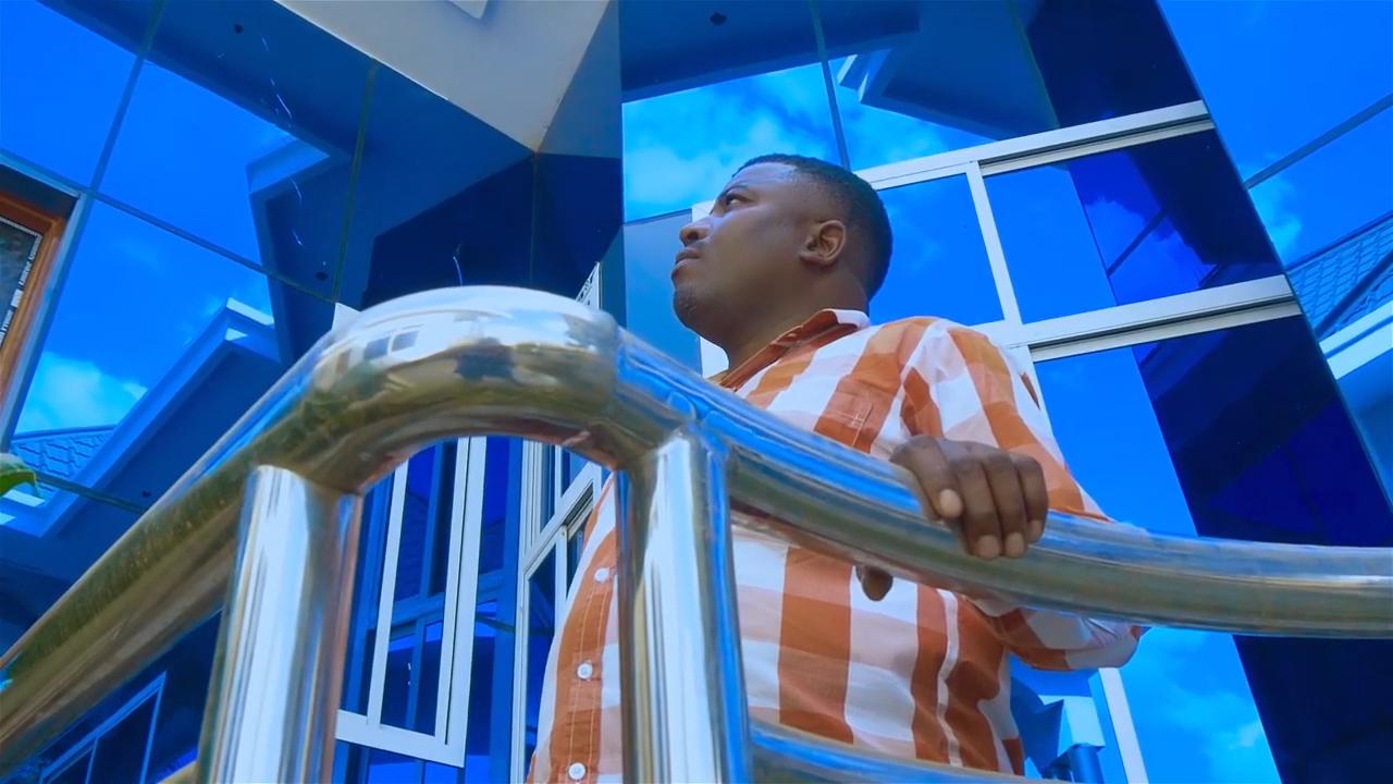 VIDEO   Aman Kayungilo Ft. Sifaeli Mwabuka – Yupo Mungu